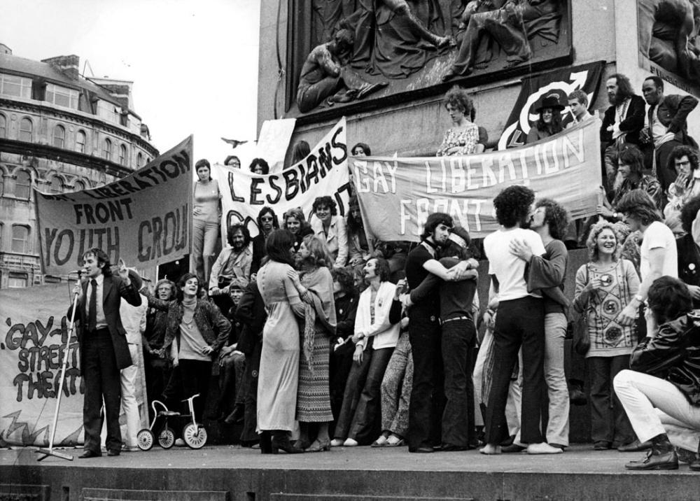 3_Stonewall_militantes