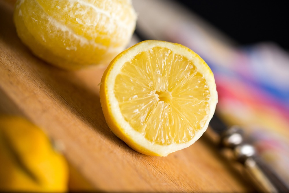 lemon-1063977_1920
